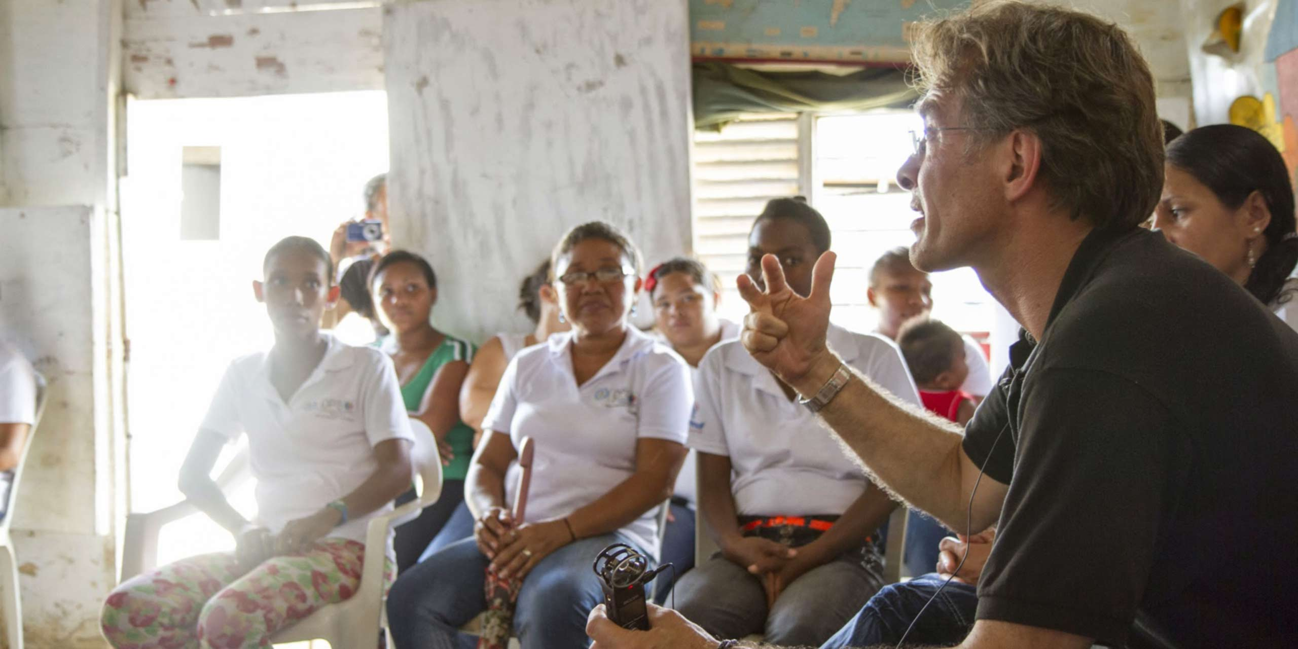 http://staging.skoll.org/wp-content/uploads/2014/03/fundacion-capital-sl3.jpg